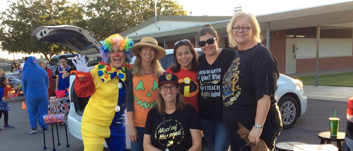 Post Staff Halloween Trunk or Treat!